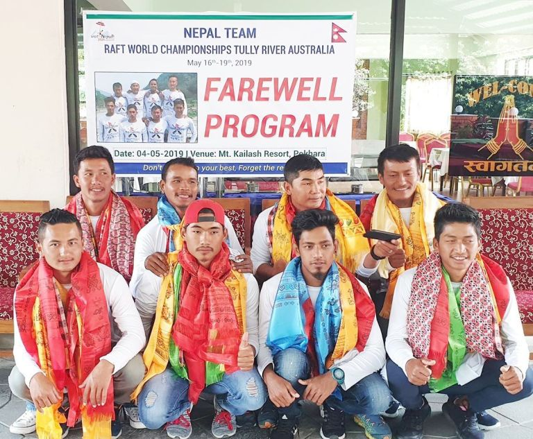 नेपाली र्याफ्टिङ टोलिलाइ पोखराबाट गरियो बिदाई