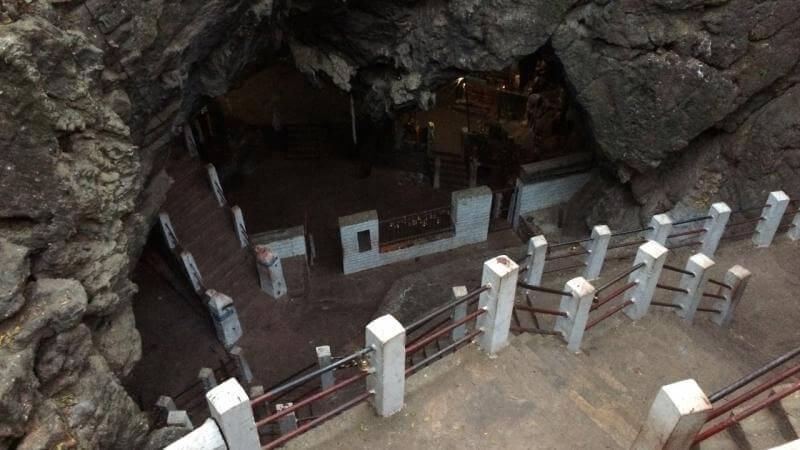 धार्मिकस्थल हलेसी १५ दिन बन्द गर्ने