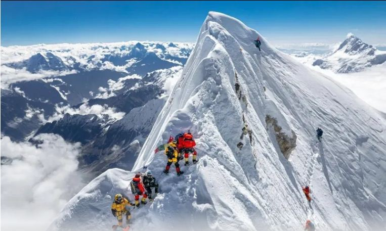 Meet record-holding Sherpa mountaineer who led Manaslu climbers to true summit